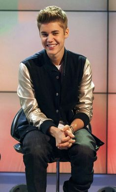 672b81ac101 Look at that smile Justin Photos