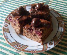 Čokoladni kolač sa višnjama - Brzi kolač sa odličnom kombinacijom čokolade i višanja :) Torte Cake, Meatloaf, Banana Bread, French Toast, Deserts, Breakfast, Recipes, Food, Serbian