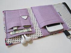 Nerd Herder Gadget Brieftasche in Android Wonder von rockitbot, $29.00