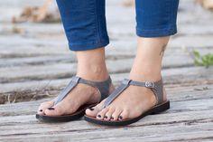 Handmade leather shoes by BangiShop