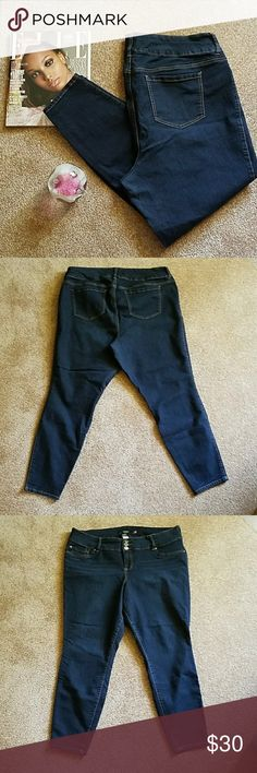 20 R Torrid dark denim jeans with stretch Excellent used condition.       So i have 3 pairs of these jeans in size 18 and I absolutely love them. They have got to be the most comfortable and stylish jeans I own. torrid Jeans Skinny