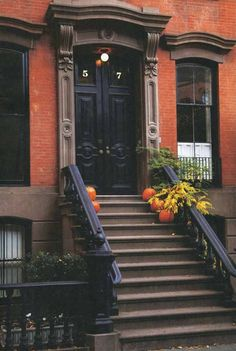How Paulette might decorate her brownstone. Subdued.