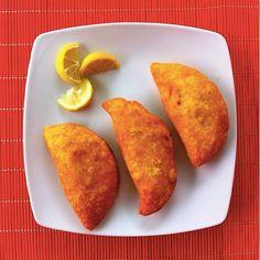 empanadas traditional colombian food