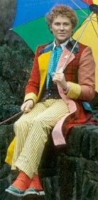 How to dress like the 6th Doctor