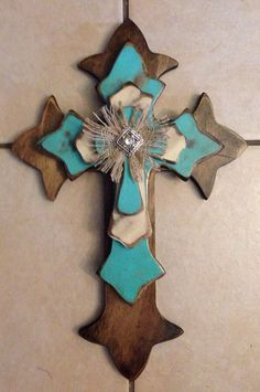 Large Dark Oak Stain and turquoise Western by SignsBYDebbieHess Mosaic Crosses, Wooden Crosses, Wall Crosses, Twine Wrapped Bottles, Cross Door Hangers, Wood Crafts, Diy Crafts, Old Rugged Cross, Cross Art