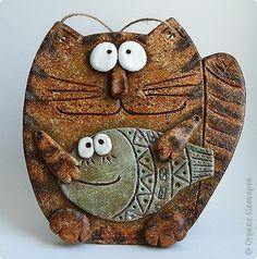 Polymer Clay Cat, Polymer Clay Ornaments, Handmade Toys, Handmade Art, Slab Ceramics, Clay Cats, Pottery Handbuilding, Ceramic Wall Art, Ceramic Animals