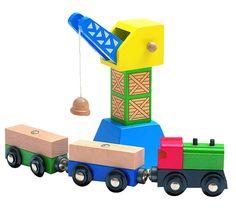 Woody houten kraan met trein en wagons, te koop op mijn website, leuk als uitbreiding bij de parkeergarage of de treinbaan
