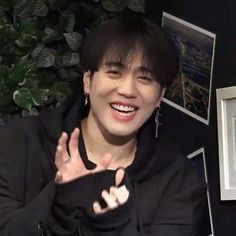 A Chat book where the 7 are mysteriously added to a chat togethe… Youngjae, Kim Yugyeom, Jaebum, Jinyoung, Jyp Artists, Yugeom Got7, Rapper, Hate Men, Lema
