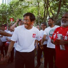 140km in 4 days: @yourSDP chief Chee Soon Juan completes fundraising trek