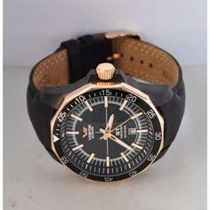 """Brand-ul """"Vostok"""" a fost numit dupa programul spatial Vostok, la fel ca si alte ceasuri sovietice ce poarta denumirea altor programe spatiale precum Poljot si Raketa. In anul 1965, compania a devenit furnizor oficial de ceasuri pentru Ministerul Apararii al Uniunii Sovietice. Tot in acest an este realizat si binecunoscutul ceas """"Komandirskie"""" (Commander's). Europe News, Breitling, Watches, Accessories, Europe, Wristwatches, Clocks, Jewelry"""