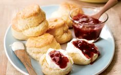 Scones with strawberry jam and cream. A classic combination, the rose water gives it a contemporary twist. Jam Tarts, Savory Muffins, Frozen Strawberries, Strawberry Jam, Recipe Search, Cake Flour, Winter Food, Brunch Recipes, Scones