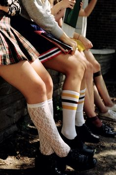 School Spirit: Admit it—you're excited for school to start. If not, at least you have knee socks and plaid skirts to look forward to. Gallagher Girls, Preppy Mode, Preppy Style, My Style, American Apparel, Mode Bcbg, Tavi Gevinson, Harajuku, Petra Collins