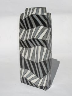 Ute Großmann, ceramic vessel, black white - folded, raku