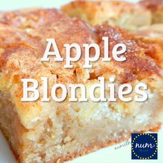 Apple Blondies Apple Blondies – These Apple Bars are a perfect Autumn dessert that mixes apple pie and blondies. Yummy Apple blondies with a large scoop of vanilla ice cream is the perfect dessert {or snack! Dessert Ww, Apple Dessert Recipes, Dessert Simple, Fall Desserts, Just Desserts, Desserts With Apples, Cooking With Apples, Desserts With Sour Cream, Cooking Apple Recipes