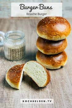 Burger Co, Beste Burger, Hamburger Buns, Beef Burgers, Bun Recipe, Vegan Recipes, Food And Drink, Snacks, Baking