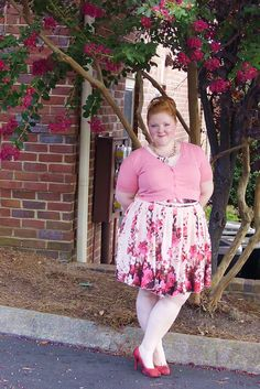 "www.withwonderandwhimsy.com ""OOTD: Birthday Princess"" plus size fashion, pink, yours clothing, florals, fit and flare dress, skater dress"