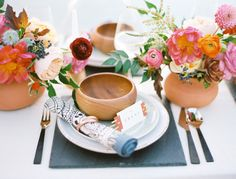 Southwestern inspired wedding table: http://www.stylemepretty.com/2014/11/13/vibrant-rock-quarry-styled-shoot-in-texas/ | Photography: Ben Q - http://www.benqphotography.com/