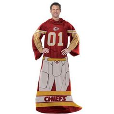 NFL Player 48 inch x 71 inch Comfy Throw, Chiefs, Multicolor