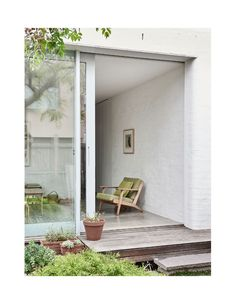 Inside the deceptively spacious Albert Park home of architect Amy Hallett of Topology Studio and her family. Family Photo Frames, Wall Stickers Home Decor, Home Decor Online, The Design Files, White Home Decor, Park Homes, White Houses, Cladding, Beautiful Homes