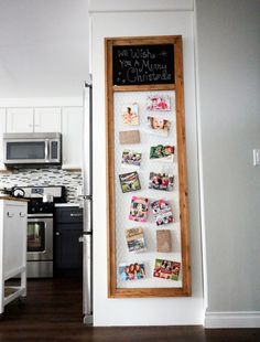 Build a Christmas Card Display Frame with Chicken Wire and Chalkboard! Use these free and easy DIY project plans to make this rustic, organizational board for your home.