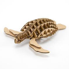 アキ工作社が開発した立体造形商品、d-torso(ディートルソ)のオフィシャル販売サイト Cardboard Sculpture, Cardboard Paper, Cardboard Crafts, Wooden Animal Toys, Cardboard Animals, 3d Paper Crafts, Diy And Crafts, Sliceform, Puzzle Crafts