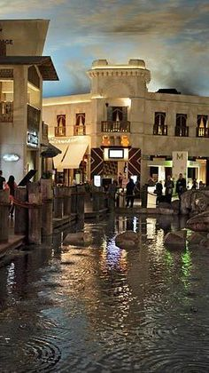 21 Things to do in Vegas for under $21 6. Harbor rainstorm at the Miracle Mile Shops