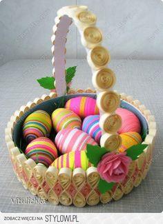Αποτέλεσμα εικόνας για For the advanced- paper quilling your Easter eggs! Neli Quilling, Quilling Dolls, Quilling Work, Paper Quilling Patterns, Quilled Paper Art, Quilling Paper Craft, Quilling Flowers, Quilled Roses, Paper Crafting