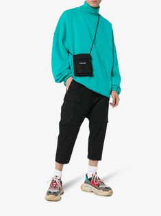 balenciaga : multicoloured Triple S sneaker 발렌시아가 트리플 S Swag Style, Style Casual, Men's Style, Grunge Outfits, Jean Outfits, Style Streetwear, Streetwear Fashion, Sneakers Outfit Men, Sneakers Fashion