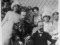 "Tsar Nicholas II,with his sisters; Grand Duchess Olga and Xenia Alexndrovna, brother-in-law; Grand Duke Alexander ""Sandro"" and daughters; Grand Duchesses Olga and Tatiana Nikolaievna in the summer of 1915, AI Todor"