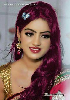 New Fashion : Bollywood girls Beautiful Girl Photo, Beautiful Girl Indian, Most Beautiful Indian Actress, Bollywood Stars, Bollywood Girls, Cute Beauty, Beauty Full Girl, Beauty Women, Beautiful Bollywood Actress