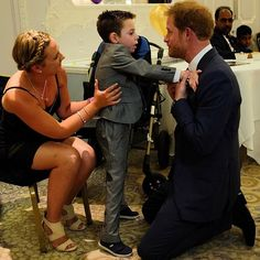 """Prince Harry meets five year old Ollie, who tonight wins a @wellchild Inspirational Child Award. Ollie was born a normal healthy baby, but from the age of two he developed problems with his walking and speech and was eventually diagnosed with the rare genetic condition Battens Disease. One of Ollie's nominators described him as the """"loveliest and happiest boy in the world, despite the daily battle he faces."""" #WellChildAwards"""