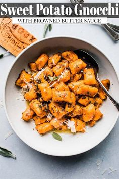 Learn how to make sweet potato gnocchi with this easy recipe. You only need 5-ingredients to make them! Dressed up with a brown butter sage sauce that's packed with flavor. // recipes homemade