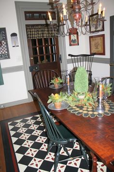 Colonial Floorcloth in Dining Room