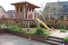 Referenzen von Zanders Gartenbau aus Viersen. Traumhafte Gärten. Erfrischende Schwimmteiche. Gepflegte Einfahrten. Lassen Sie sich inspirieren.