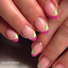 41 New French Manicure Designs To Modernize The Classic Mani Summer French Nails, New French Manicure, French Nail Art, French Tip Nails, Colorful French Manicure, Colored French Nails, French Manicures, French Tips, French Tip Nail Designs