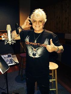 Air Supply Journey Albums, Air Supply, Great Bands, The Beatles, Mens Tops, How To Wear, Ears, Music, Shirt