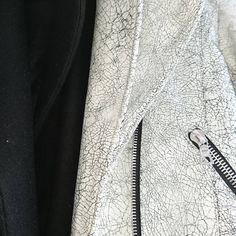 #patterndrafting #patterncutter #patternmaking #patternconstruction #patterndevelopment #whiteleather #sewingsamples #sewingproject #sewingroom #seamstress #samplemachinist #bikerleatherjacket #crackedleather #zip #pocket #lapel #madewell #madeinuk #madeinlondon #madewithlove #londontailor #londonmanufacture #londonatelier #londonfashion #highendfinishing Pattern Cutting, Pattern Making, Made In Uk, Pattern Drafting, High End Fashion, London Fashion, White Leather, Madewell, Sewing Projects