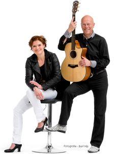 Elke zondag wat te doen bij de Maasmeanders! Kom jij zondag 7 juni 2015 weer naar www.BloesemTheehuis.nl in Herpen! Dan zingt het duo Rob en Ilse! Binnen of lekker buiten op het terras.
