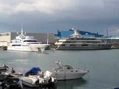 """""""Bistango"""" and """"Reborn"""" luxury yachts"""