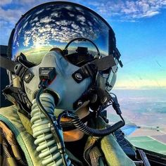 The Fighter Pilot. The most beautiful picture of the world. Jet Fighter Pilot, Air Fighter, Fighter Jets, Military Jets, Military Aircraft, Photo Avion, Jet Plane, Fighter Aircraft, Aviation Art
