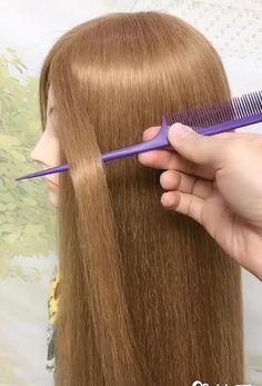 Se deseja se tornar uma cabeleireira profissional, mesmo sendo iniciante, conheça este curso online completo e faça sucesso na área. #penteados#diy#trança#cabeleireiro#cabeleireiroemdomicilio#cabeleireiroprofissional#cabeleireiradicas#cursodecabeleireirofeminino#cursodecabeleireiro#cursodecabeleireiroonline#cursodecabelo#cabelolindo#cabelospintados#cabeloscurtosestilosos#hairstyle#shortbob#longbob Hairdo For Long Hair, Easy Hairstyles For Long Hair, Cute Hairstyles, Office Hairstyles, Anime Hairstyles, Stylish Hairstyles, Hairstyles Videos, Hairstyle Short, School Hairstyles