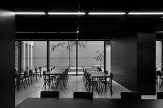 Fotograaf Koen Van Damme - Jeugdherberg Antwerpen / Laureaat van de vakjury van ArchiFocus 2013 / Overall winnaar van ArchiFocus 2013