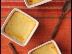 みんな大好きチーズケーキを、お手軽な水切りヨーグルトを使ってより安く簡単に作ってみました。