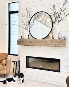 Small Living Room Decorating Ideas - Crafome - Home decor interests Living Room Sets, Home Living Room, Apartment Living, Living Room Designs, Home Fireplace, Fireplace Design, Fireplace Mantels, Mantles, Fireplace Ideas