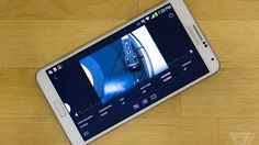 Lightroom can now shoot RAW photos on Android