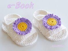 Вязание крючком: Babysandalen с цветами-аппликация