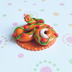 Handmade from Polymer Clay by The Clay Kiosk on Etsy. Polymer Clay Kawaii, Polymer Clay Animals, Polymer Clay Charms, Polymer Clay Art, Polymer Clay Miniatures, Polymer Clay Creations, Diy Clay, Clay Crafts, Clay Figurine