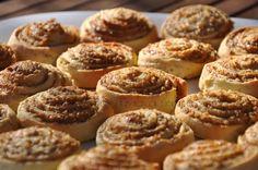 Romanian Desserts, Romanian Food, Pie Recipes, Dessert Recipes, Homemade Sweets, Food Cakes, Dough Recipe, Cookie Desserts, Soul Food