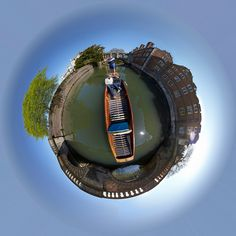 Punt Circle   Looking down into a Scudamore's punt. Just pas…   Flickr - Photo Sharing!