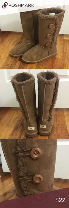Fur boots buttons winter fall cozy warm Chestnut colored tall boots with fur and button detailing. Super cute and comfy. Brand is Nyu Yoka. Size 8. Like new. Nyu Yoka Shoes Winter & Rain Boots